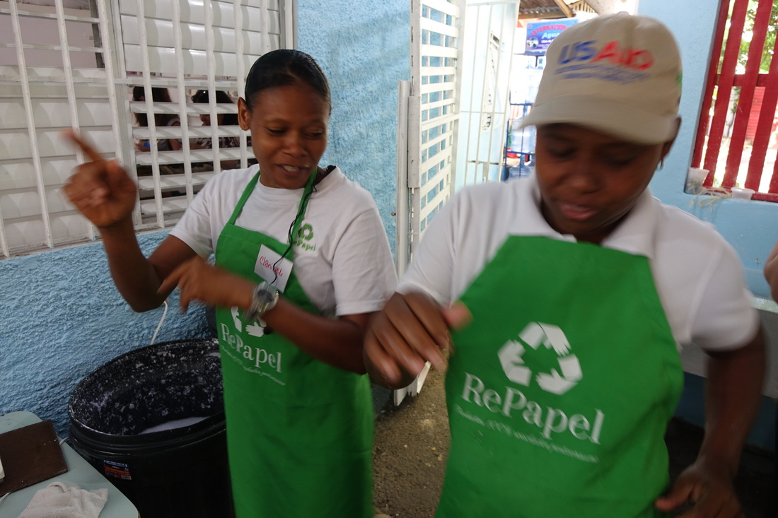 Dominican Republic women's co-op RePapel is known for its high-energy work environment