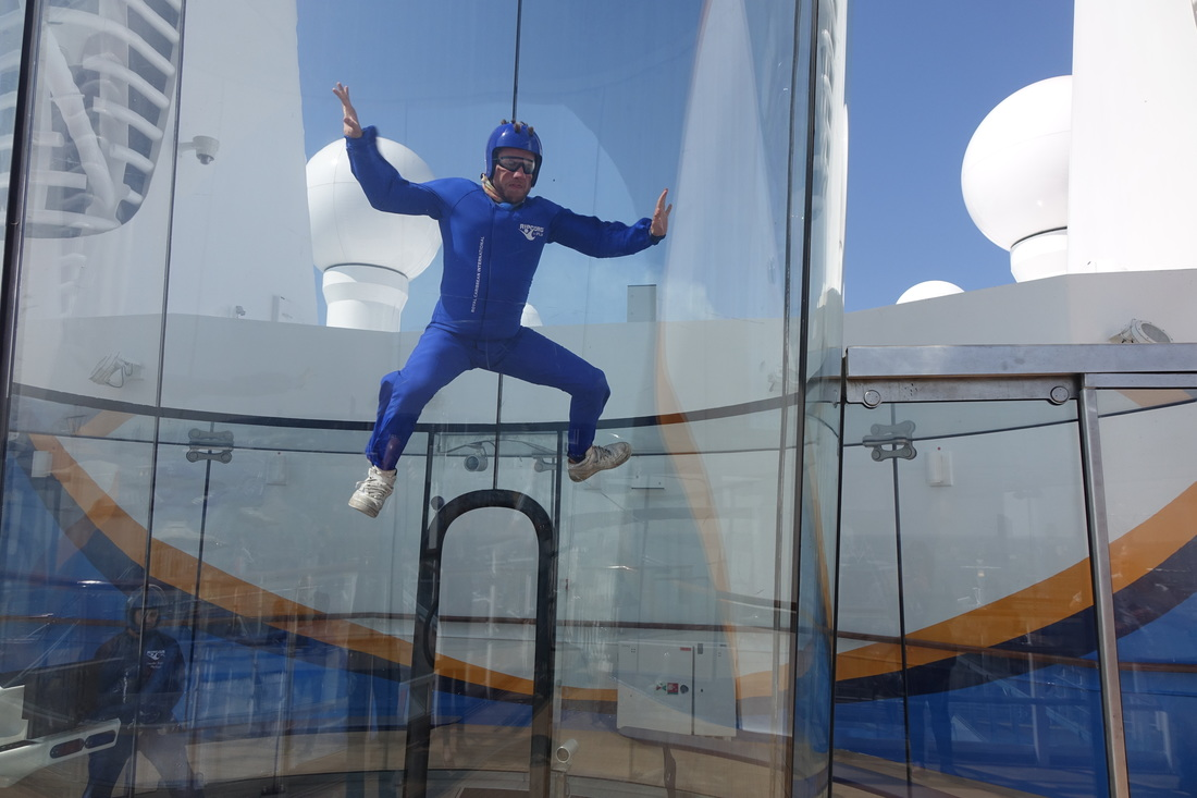 Royal Caribbean's Anthem of the Seas skydiving