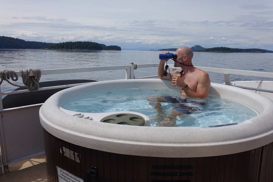 Hot tub whale watching on Un-Cruise Adventures Wilderness Discoverer