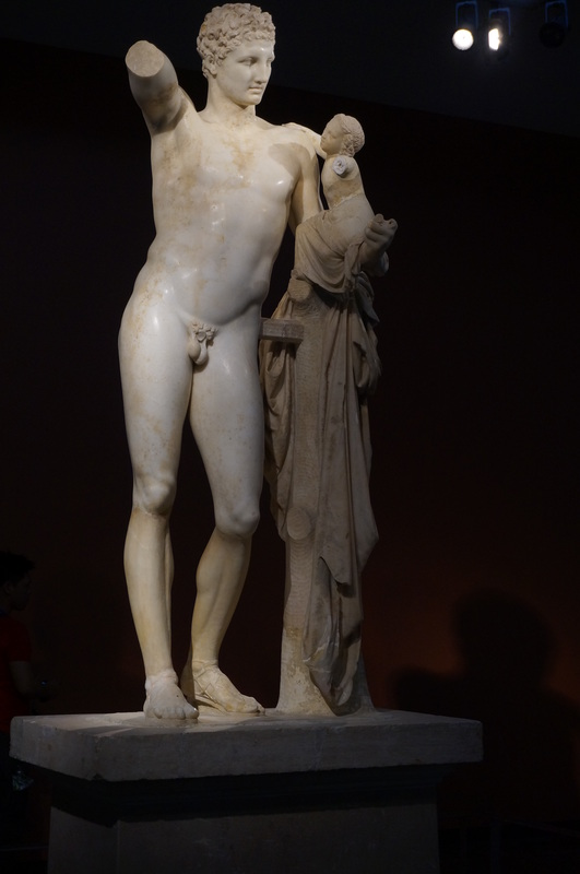 statue at Olympia Museum